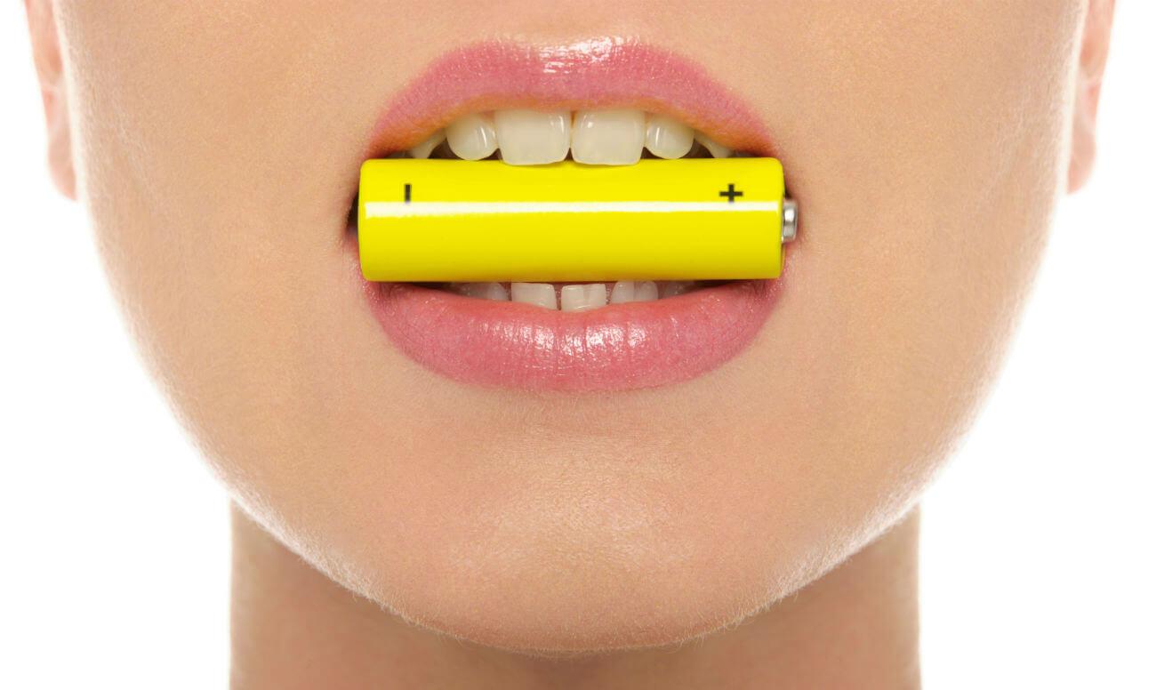 Электричество ускорит процесс имплантации зубов